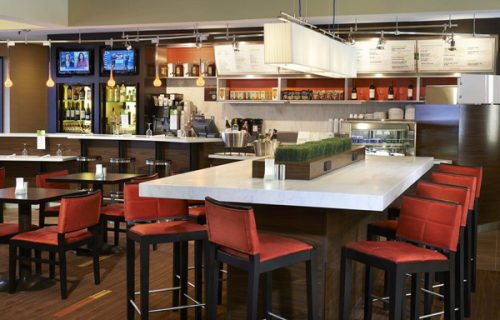 courtyard_by_marriott_detroit_downtown_bar