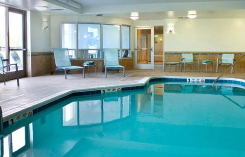 hilton_garden_inn_detroit_downtown_pool
