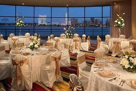 marriott_renaissance_center_wedding