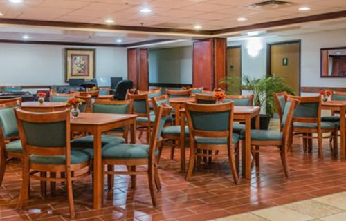 quality_inn_suites_romulus_rest